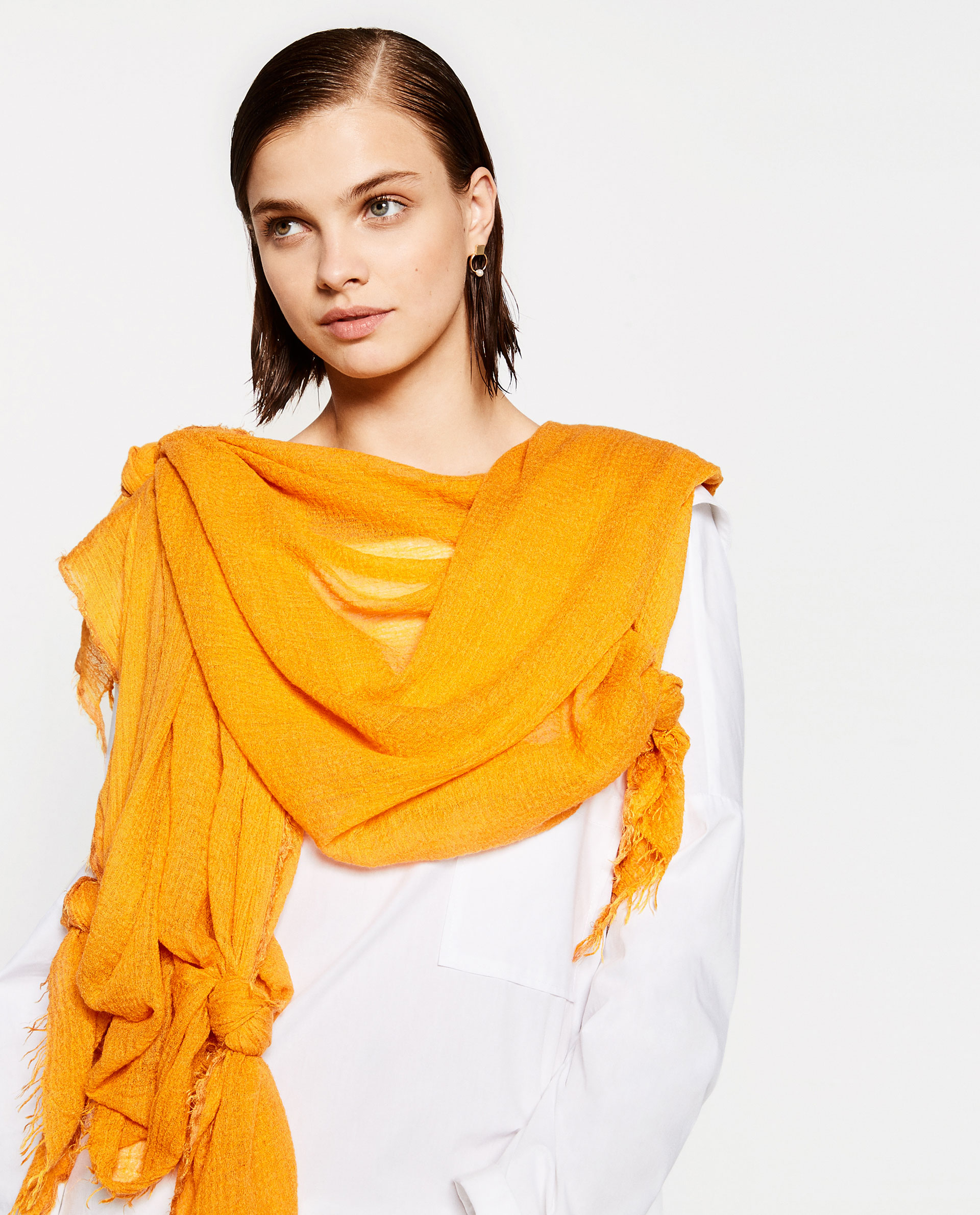 zara, scarf, yellow,