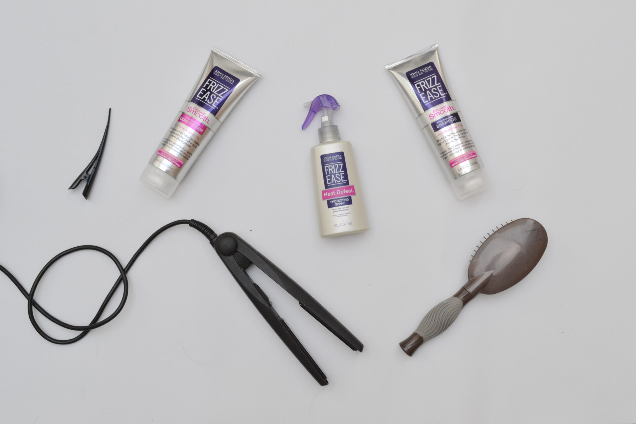 john frieda, frizz ease, review, hair, haircare, cuidado del cabello, beauty,