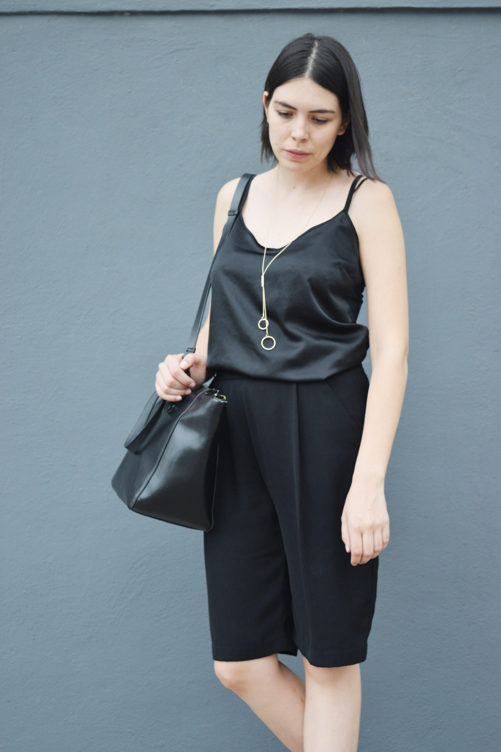 total black outfit, slip top, zara, minimal jewelry, structured bag, shorts, black, tassel heels, heels, outfit, inspo, inspiration, ideas, daniela soriano