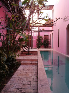 yucatan, merida, chocolate y rosas, hotel, travel guide