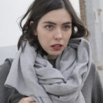 grey, daniela soriano, scarf, blanket scarf, outfit, total grey, ideas,